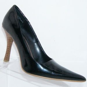 Mia 'Gracefull' black man made pointed heel 6M